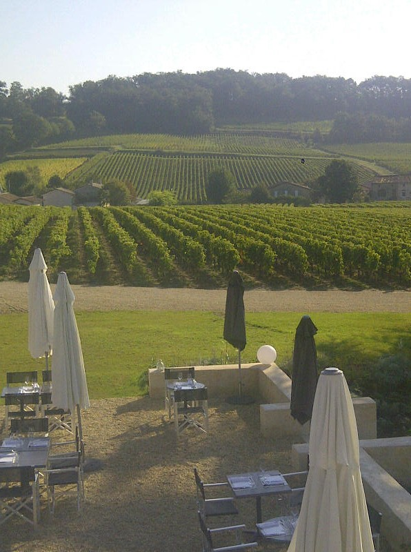 Restaurant in the heart of the vines; Château Candale, StEmilion