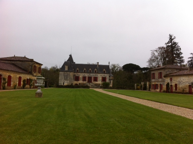 Popular pessac record primeur numbers at ch teau olivier for Chateau olivier