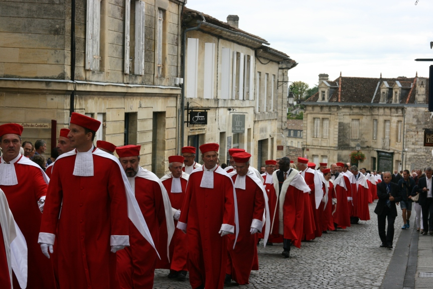 No Rush to get in Red Bordeaux 2016