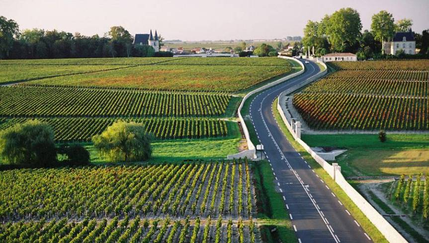 Bordeaux's Wine Châteaux open at the Weekend